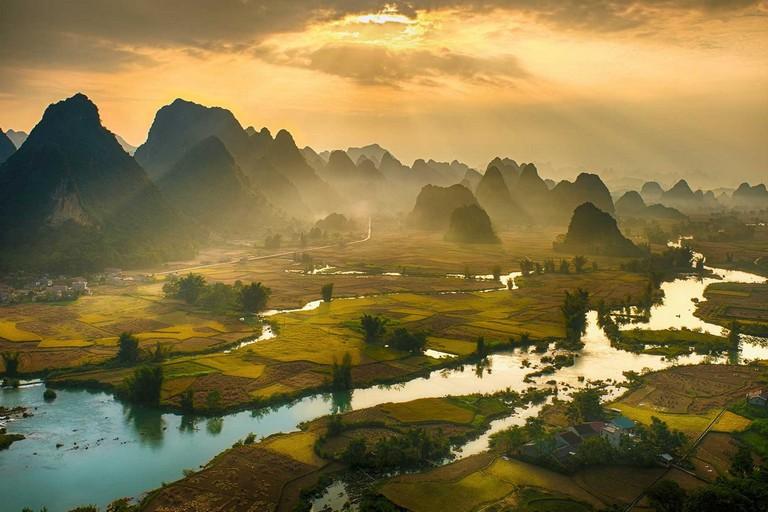 Tours In North Vietnam