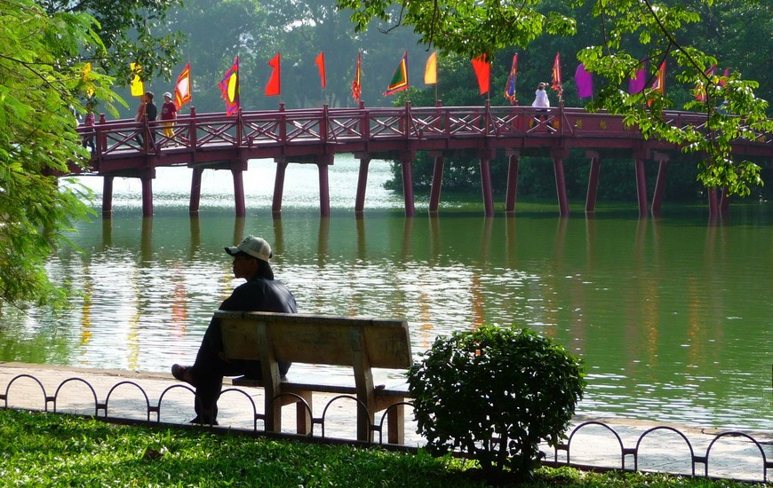 Hoan Kiem Lake - Hanoi Travel Guide
