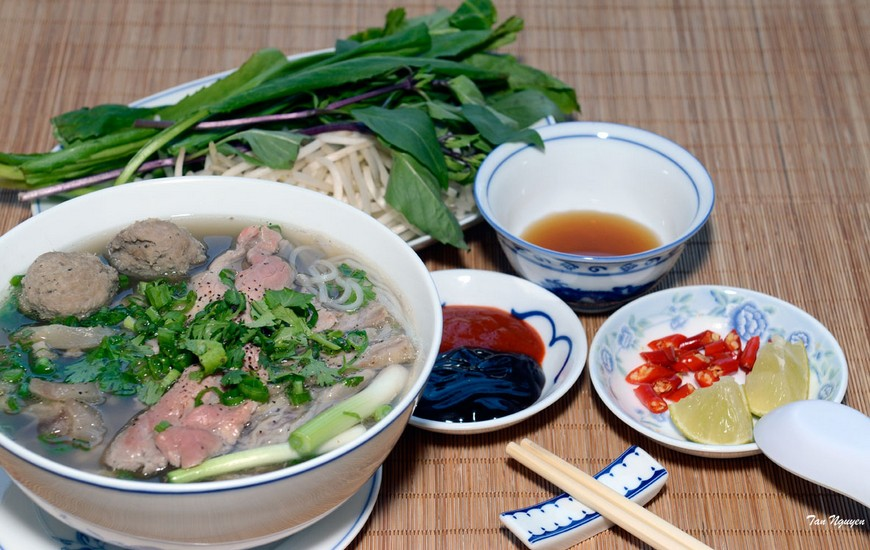 how to cook Vietnamese Beef Noodle soup