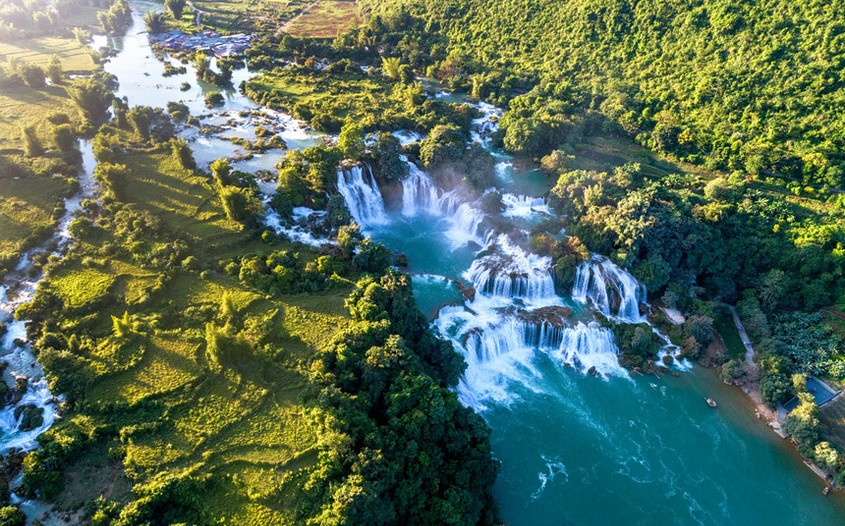 Ban Gioc Waterfall - top-rated attractions in Vietnam