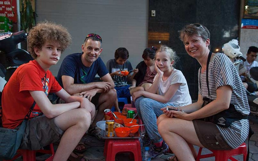 Hanoi street food tour with kids