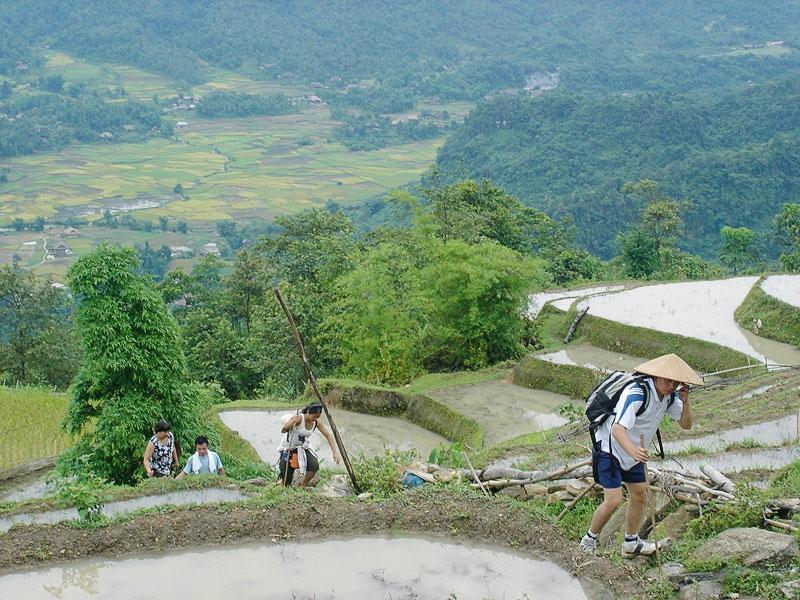 trekking ha giang - Vietnam family adventure