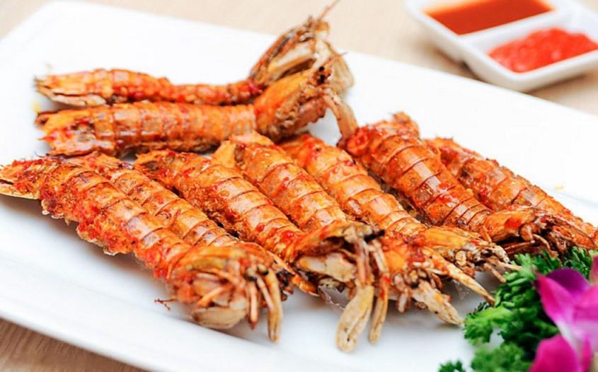 Mantis Shrimp - best local cuisines in Vietnam