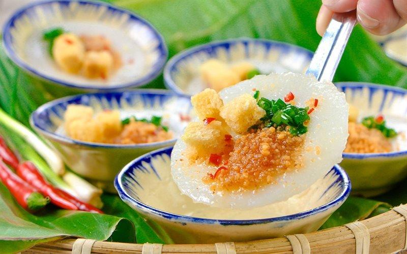 Banh Beo – Rice Pancake Topped with Crispy Chopped Shrimp