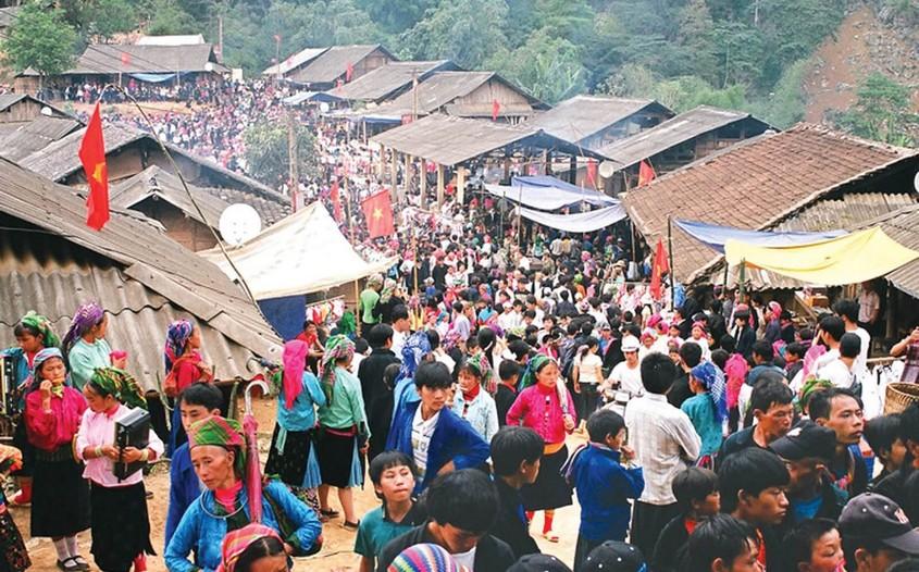 Hmong Weekly Market Fair