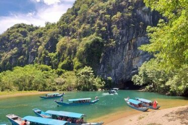 phong nha cave-paradise cave tour 1 day